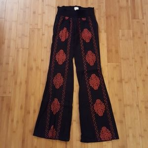 Embroidered beach pants